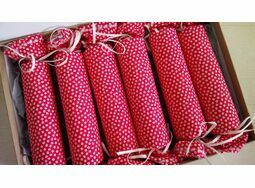 Christmas Cracker Box set of 6 - Red and white ditsy print
