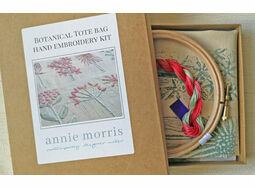 *NEW* Tote bag Hand Embroidery Kit