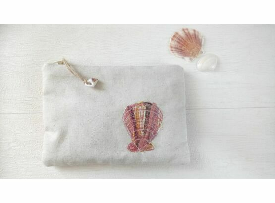 Embroidered Shell Coin Purse